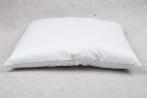 Lana adult pillow