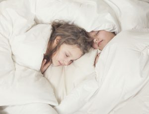 Wool bedding girls 3 sleeping